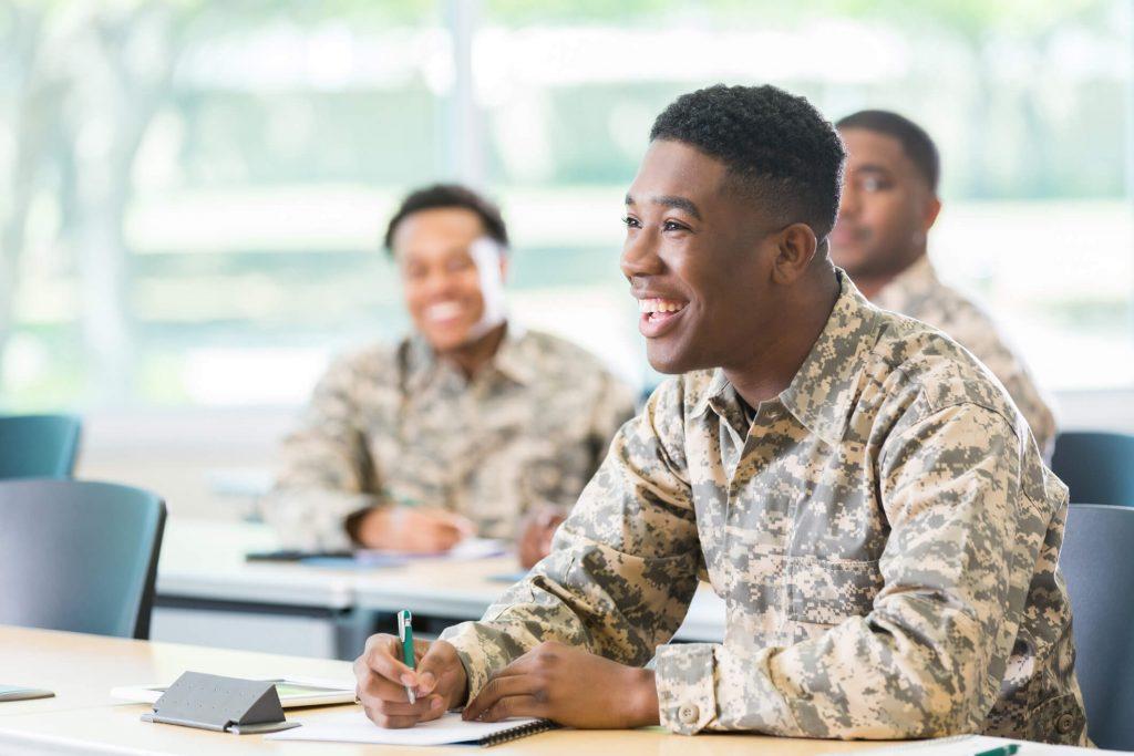 270912-curso-preparatorio-militar-quais-sao-os-beneficios-1024×683